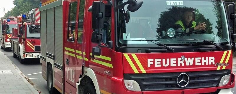 Symbolfoto: Die Feuerwehr auf Einsatzfahrt , © Symbolfoto: Die Feuerwehr auf Einsatzfahrt
