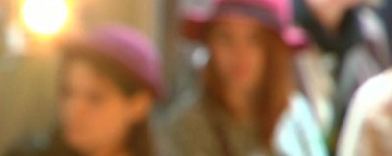 Model mit 14? In Paris model ein junges Mädchen für Dior.