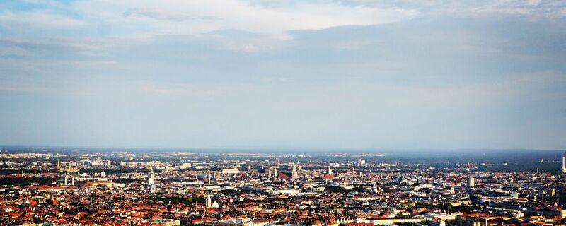 Panorama Blick über München, © Blick über ganz München - Foto:  Dirk Schiff/Portraitiert.de