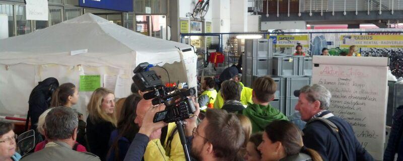 Am Starnberger Flügelbahnhof können sich freiwillige Helfer melden
