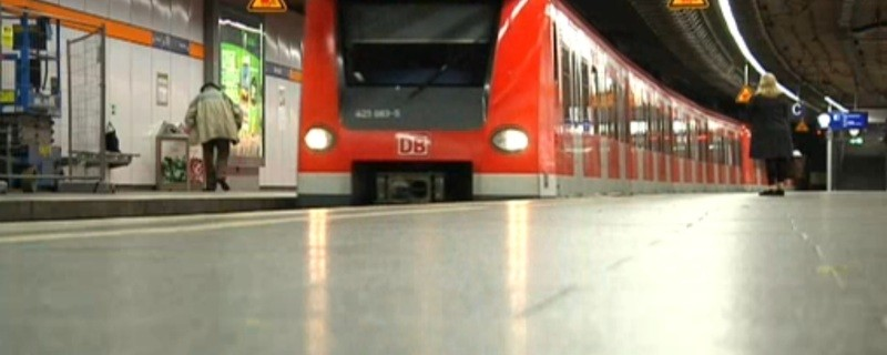 Einfahrende S-Bahn auf der Münchner Stammstrecke