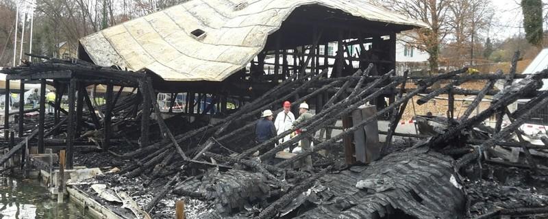 Das Bootshaus am Starnberger See ausgebrannt