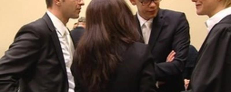 Beate Zschäpe und ihre drei Anwälte im Gericht, © Anwälte von Beate Zschäpe beantragen erneut Entlassung