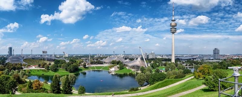 Aussicht über den Olympiapark, © Das Olympiastadion heute - Foto: fottoo/Fotolia.com