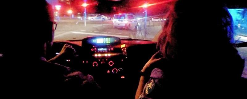 Die Beamten auf Einsatzfahrt Bundespolizei Krankenwagen, © Die Beamten auf Einsatzfahrt - Symbolbild. Foto: Bundespolizei
