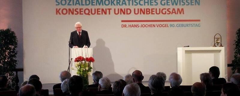 © 90ster Geburtstag von Hans-Jochen Vogel