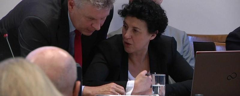 Münchens Sozialreferentin Brigitte Meier und bürgermeister Reiter im Rathaus