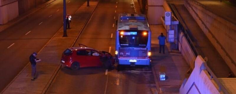 Untermenzingen, Schwächeanfall, LInienbus, Student, Sperrung, © Schwächeanfall führt zu Unfall