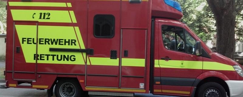 Feuerwehr Rettungswagen im  Einsatz, © Symbolfoto