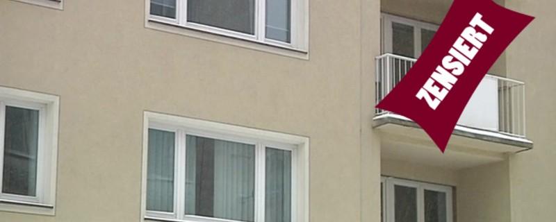 zensiert - Exhibitionist auf Balkon onaniert , © Auf einem Balkon in Haar lies ein besonders zeigefreudiger Mann die Hüllen Fallen. (Symbolfoto)
