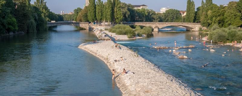 Isar, Entspannungsort für viele Münchner