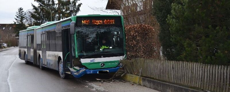Bus Unfall Planegg, © Symbolfoto eines anderen Unfalls - BIld: Polizei