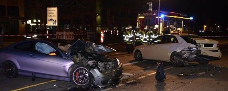 Unfall am Sendlinger Tor: Auto kracht gegen stehendes Taxi, © Foto: Polizei