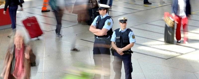 Bundespolizei Hauptbahnhof München Streife Polizei Polizisten, © Bundespolizei München: Widerstand gegen Bundespolizisten