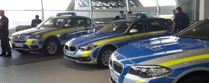Polizeiwagen, Polizeiauto, blau, Bayern
