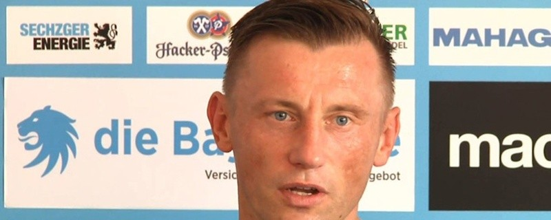 Ivica Olic auf einer Pressekonferenz, © Ivica Olic wird vom DFB gesperrt und erhält eine Strafe