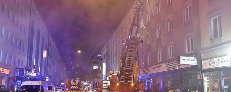 zwei verletzte bei gro brand in der maxvorstadt
