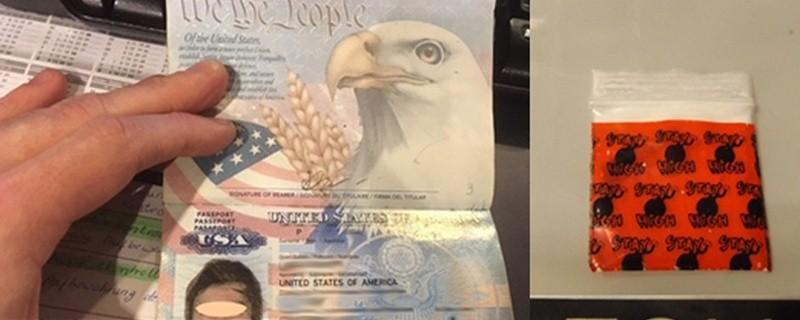 Die Bundespolizei und der Zoll fanden Koks in dem Pass eines jungen Amerikaners am Flughafen München., © Foto: Bundespolizei