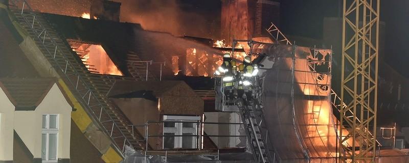 Foto des Feuers in der Tengstraße in München, © Foto: Berufsfeuerwehr München