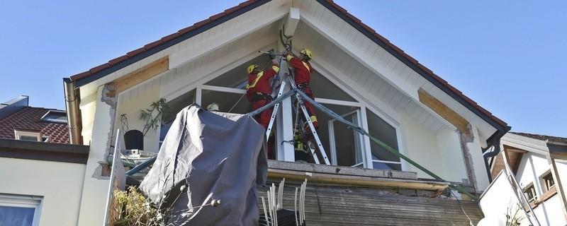 Balkon bricht ab, © Foto: Berufsfeuerwehr München