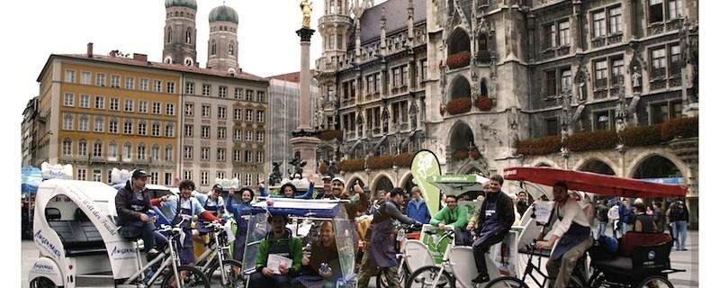 Einige Rikschas am Marienplatz, © Rikschas am Marienplatz