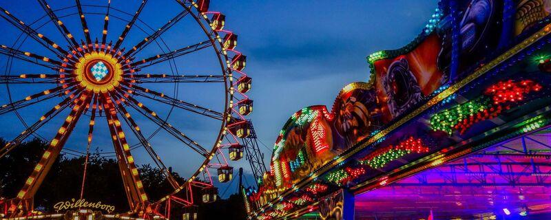 © IMpark Sommerfestival in München  Foto: MagicLights by Lukas Mödl