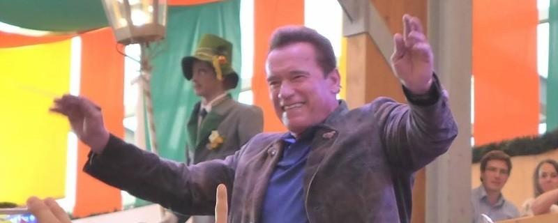 Oktoberfest 2017: Wiesn-Promis:, ©  Arnold Schwarzenegger auf dem Oktoberfest