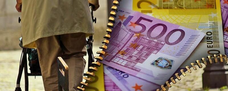 Rentner mit Geld, © Symbolfoto