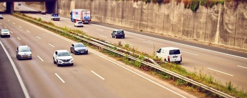 eine Autobahnbrücke, © Symbolfoto