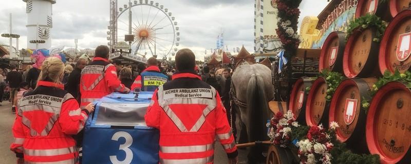Aicher-Ambulanz, Wiesn-Wache, Sanitäter, Sanis, Wiesn, Oktoberfest, © Foto: Aicher Ambulanz