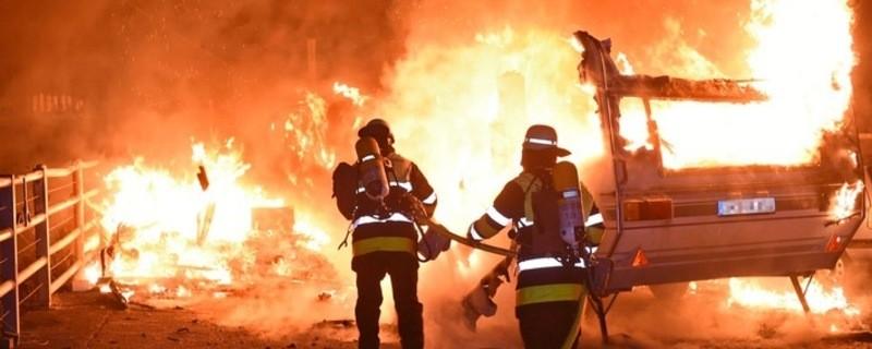 Brand Wohnwagen, © Berufsfeuerwehr München