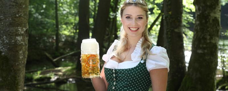 """Die Bayerische Bierkönigin 2016/2017, © """"Bayerischer Brauerbund e. V."""""""