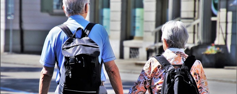 Senioren auf der Straße, © Symbolbild