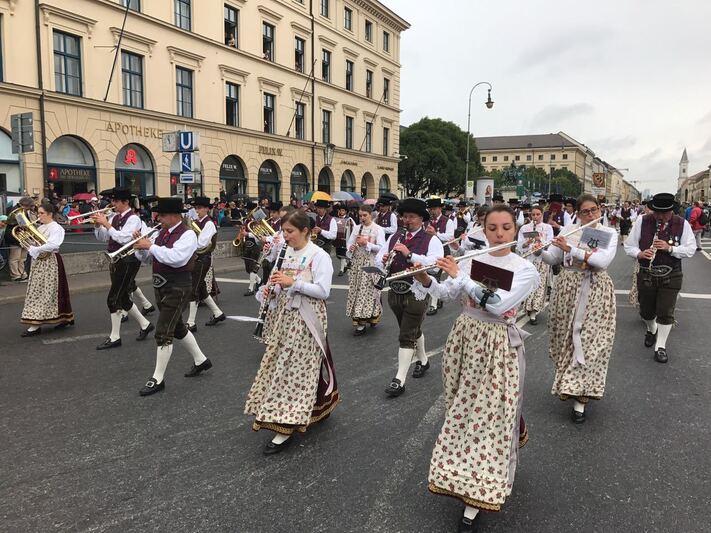 Oktoberfest 2017: Der traditionelle Trachten und Schützenumzug zur Wiesn