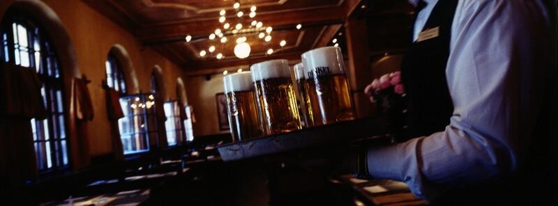Bier im Haxenbauer in München, © Haxnbauer/Kuffler
