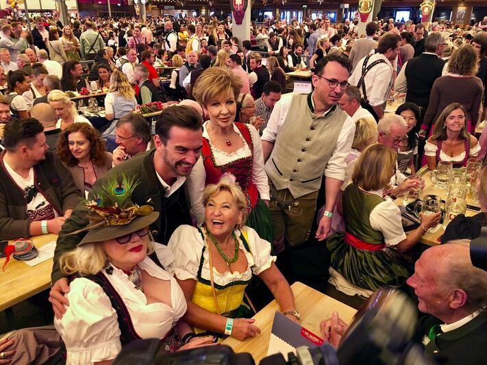 © Florian Silbereisen im Schottenhamel auf dem Münchner Oktoberfest