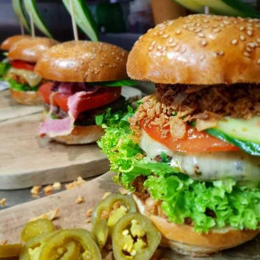 Burger, © Pablo Emilio BurgerBar