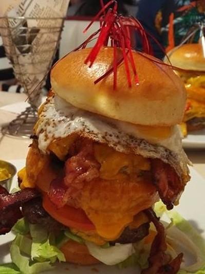 Jones - K's Original American Diner, Burger, © Jones - K's Original American Diner