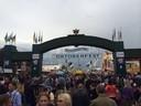 Willkommen auf der Wiesn. Der Haupteingang des Oktoberfests.