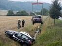 Zwei gestohlene BMWs der Fahrschule M1 in München, © Hier holt die Feuerwehr die verunfallten und gestohlenen Autos aus dem Graben - Foto: Freiwillige Feuerwehr Loosdorf