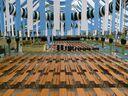 ochsenbraterei oktoberfest wiesn leer, © Wie immer im schicken weiß-blau: Die Ochsenbraterei auf der Wiesn