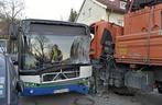 LKW und Bus Unfall, © to der Berufsfeuerwehr München