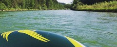 Ein Schlauchboot auf der Isar, © Am Wochenende wurden Schlauchboote auf der Isar verboten.