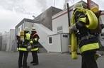 Feuerwehr analysiert Brand, © Foto der Berufsfeuerwehr München