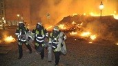 © Bei der kontrollierten Sprengung wurden einige Häuser im Mitleidenschaft gezogen. Foto: Berufsfeuerwehr München