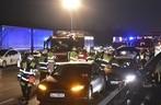 Unfall, Feuerwehr, Polizei, A 9, Tesla, Passat, © Foto: Feuerwehr München