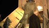 Die Glocke des Alten Peters in München bei ihrem Abtransport